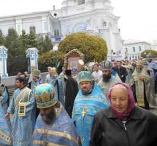 Всі Суми - В Сумах прошел традиционный крестный ход в честь чудотворной иконы