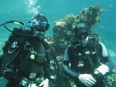 Дахаб (Египет), Красное море. Каньон. Роман Думанчук (слева) и гид Анатолий Вашурин