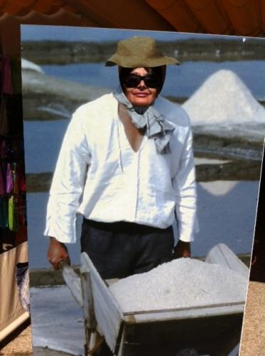 Фото на память об острове, где добывают соль