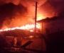 В Глухове горели складские помещения рынка (видео)