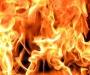 На Сумщине в результате пожара частный дом остался без крыши (видео)