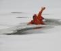 В Сумской области на речке парень провалился под неокрепший лед