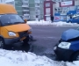 В Сумах легковушка столкнулась с маршруткой (фото)