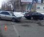 Авария на Прокофьева: автомобили помяло, но жертв удалось избежать (фото)