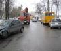 В Сумах столкнулись сразу несколько автомобилей (фото)