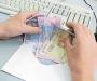 В Сумах продолжают платить зарплату в конвертах