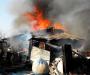 Спасая автомобиль на пожаре житель Сумщины едва не лишился дома (Фото)
