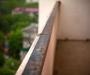 Полез за игрушкой и выпал с балкона: происшествие в Харькове