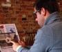 Физики создали прототип цветной электронной бумаги для планшетов